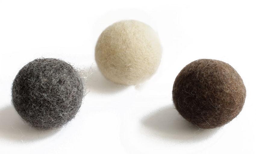 Die neuen einfarbigen kätts Filzbälle mit und ohne Rassel